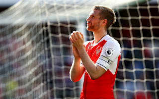 Wenger uncertainty no excuse, says Mertesacker
