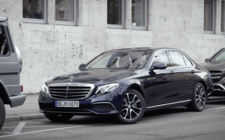 Mercedes E-Class demonstrates new remote parking