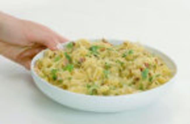 A Low-Carb Spaghetti Squash Carbonara Recipe That Anyone Can Make