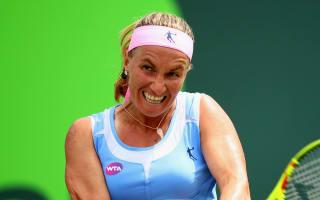 Kuznetsova through after scare in Prague