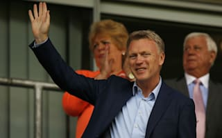Moyes and Sunderland players diverted after plane fault