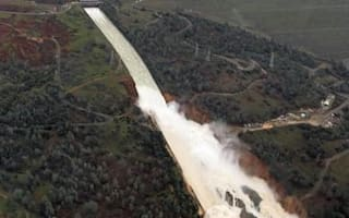 200ft hole damages America's tallest dam