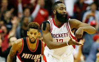 Rockets win after sacking coach, Spurs make it six straight