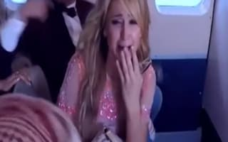 Screaming Paris Hilton in plane crash prank (video)