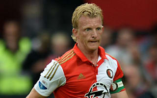Kuyt wary of wounded United