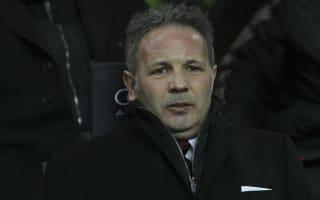 Abate urges Milan to stick with Mihajlovic