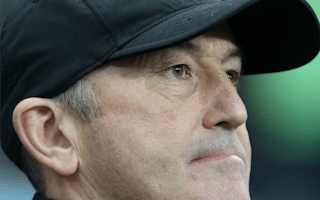 Pulis backs Berahino to bounce back from penalty misses