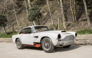 Decrepit Aston Martin expected to fetch £220k at auction