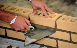 Warning on lack of trusted builders