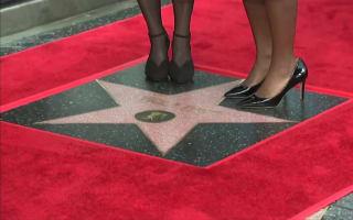 Viola Davis gets 2017's first Hollywood Walk Of Fame star