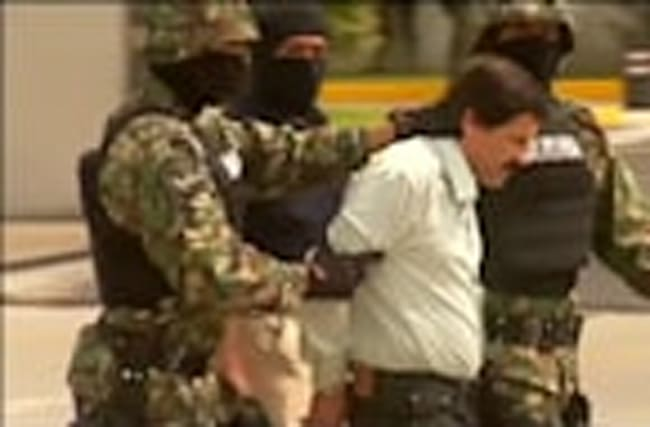 Mexico extradites top drug lord 'El Chapo' to U.S.
