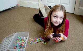 10-year old racks up £1,800 mobile bill watching videos about loom bands