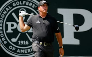 Mickelson cards not so magnificent seven