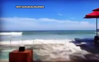 Huge tidal waves hit Bali, Indonesia: Tourists terrified