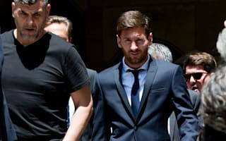 Fernandez relaxed over Messi's future at Barcelona