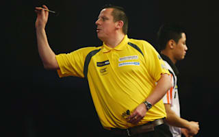 Chisnall, Jenkins through to second round