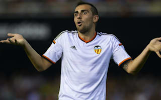 Villa says Alcacer 'knows what to do' amid Barcelona links