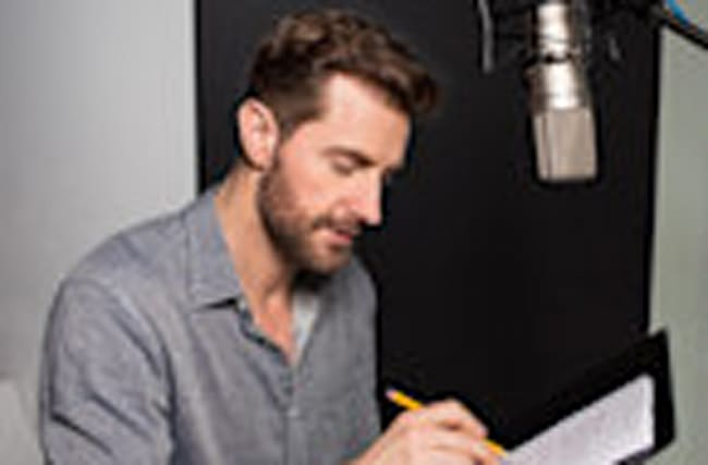 EXCLUSIVE: Richard Armitage Lends His Swoon-worthy Voice to 'Romeo and Juliet' -- Listen Now!