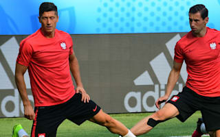 Krychowiak not thinking about PSG as Poland stand by Lewandowski