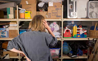 Householders 'stressed by clutter'