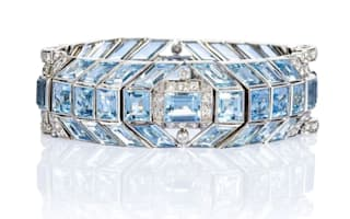 Jewellery owners urged to cash in
