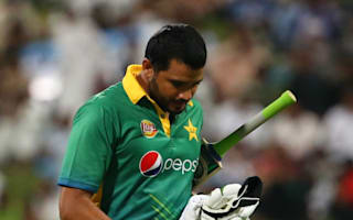 Azhar shoulders blame for Pakistan defeat