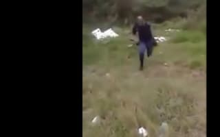 Policeman flees snake screaming and video goes viral