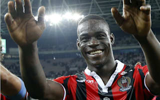 Favre demands more hard work from Balotelli at Nice