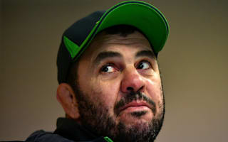 Cheika lashes out at England scrum