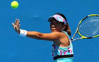 Hibino dumps out Kumkhum, Shvedova into semis