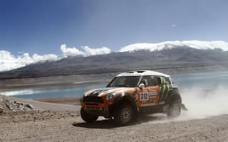 Half-time and Peterhansel continues to lead the Dakar