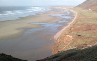 Huge landslide hits Britain's most beautiful beach