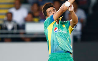 Azhar puts Amir differences behind him