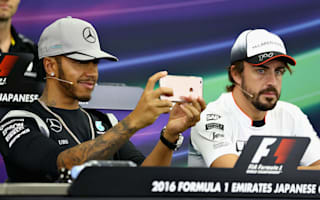 F1 Raceweek: Distracted Hamilton snaps at news conference