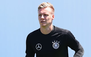 Neuer absence lets Leno spread wings with butterfly stomach