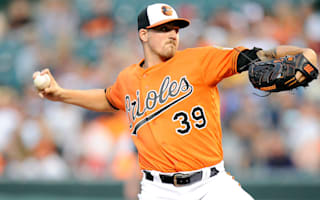 Orioles still in playoff picture, Tigers stumble