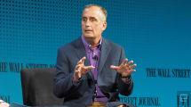 El CEO de Intel vendió parte de sus acciones antes de hacer público el fallo de seguridad de sus procesadores