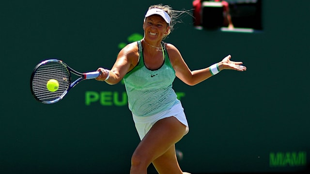 Azarenka wins first match on return from motherhood