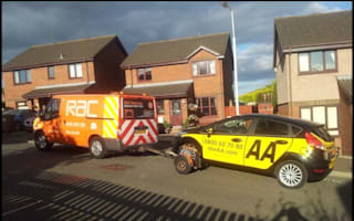 AA driving instructor has to be rescued... by RAC van!