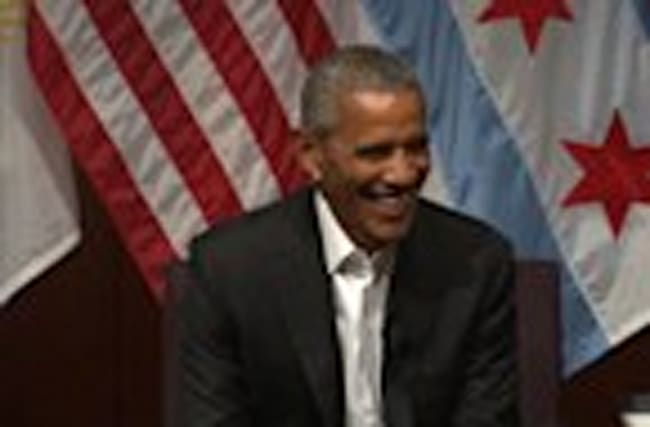 Obama Back in the Spotlight, Vows to Help Future Leaders
