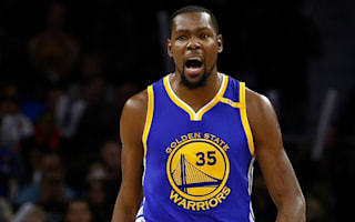 Durant leads Warriors past 76ers, Cavs win on LeBron's return