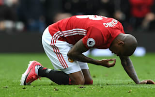 Young: Man Utd have thrown away points