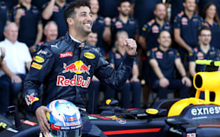 Andretti backs Ricciardo for title