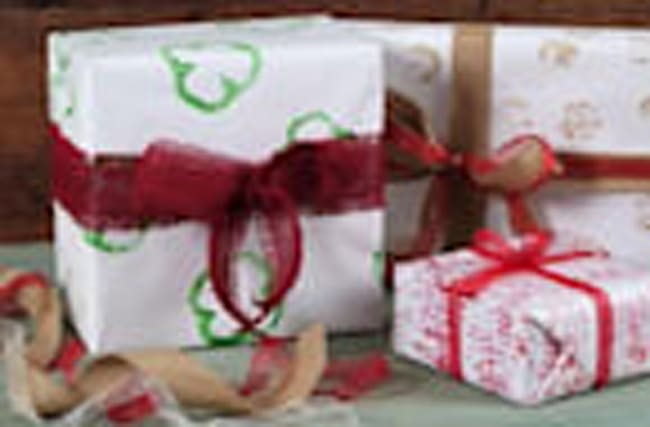 Veggie-Stamped Wrapping Paper