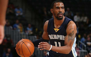 Conley wants Grizzlies to make moves before re-signing
