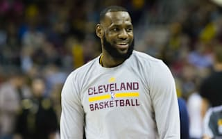 LeBron endorses Oakley for president after Knicks scuffle