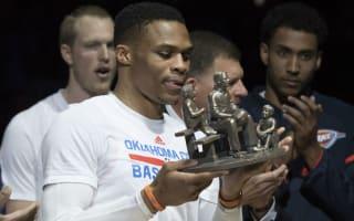 Robertson hands Westbrook award, starts MVP chant