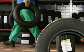 Anger as Dunlop moves to shut plant