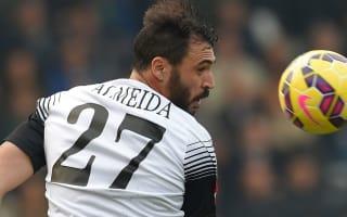 Struggling Hannover bring in Almeida