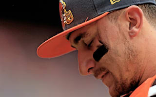Ahead of court date, Manziel turns himself into police